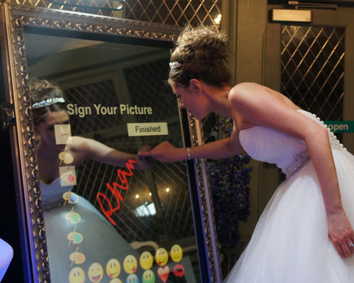 mirror photo booth Brighton